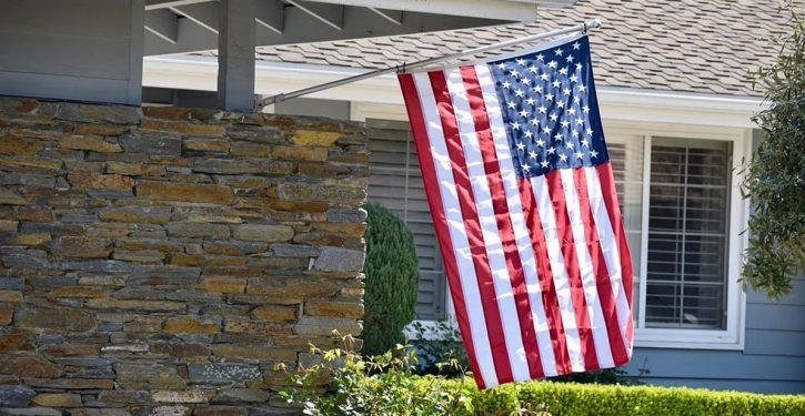 Sacramento: Arsonists targeting homes displaying American flags