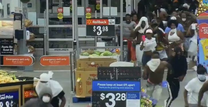 Cops need IDing hundreds of Walmart looters who stole more than $100K worth of items