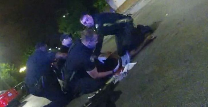 DA says cops made no attempt to save Rayshard Brooks, instead kicked him. Body cam says otherwise