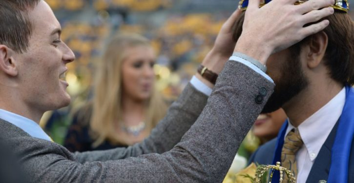 U. of Pittsburgh replaces homecoming king and queen with 'more inclusive' titles