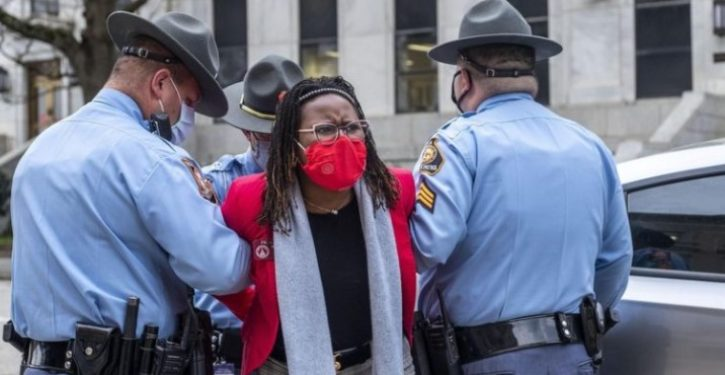 Georgia lawmaker arrested trying to barge into governor's office