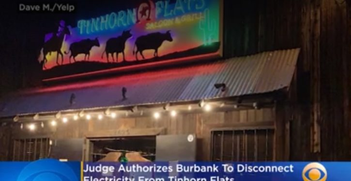 Burbank, CA cuts off defiant restaurant's power; owners get loaned generators and stay open