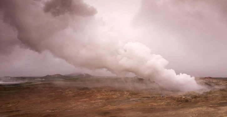 Iceland sees swarm of 20,000 earthquakes that could herald volcanic eruption