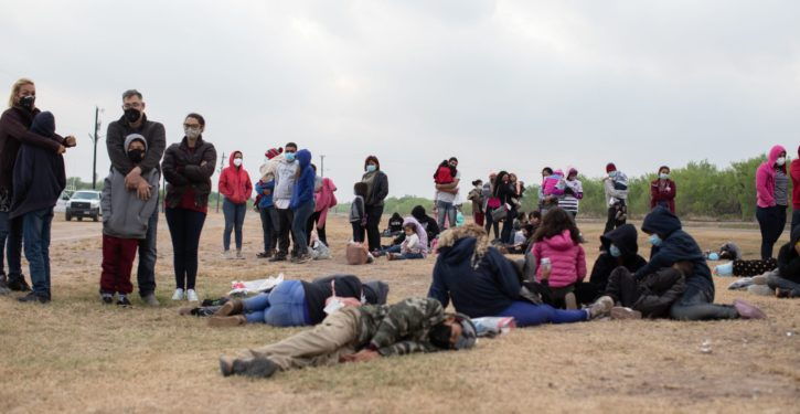Laredo, TX: 40% of illegal migrants bused from other border spots are COVID-positive