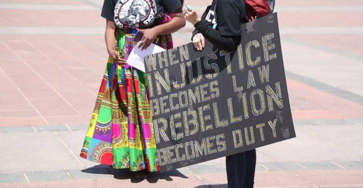BLM, pro-Palestinian activists chant 'Black lives matter, crackers don't'