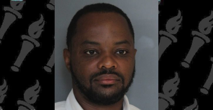 Delaware State Senator charged with punching woman in the face at restaurant
