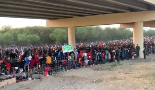 FAA imposes flight restrictions over TX bridge where over 10,000 migrants have taken shelter by J.E. Dyer