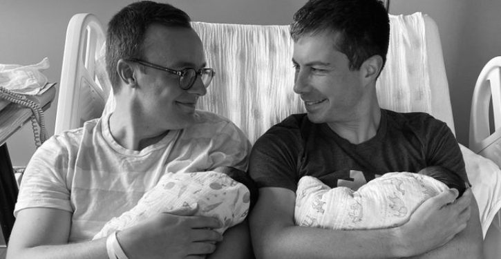 Pete Buttigieg, husband introduce their 2 new babies in curious family photo